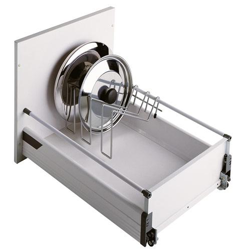 wkłady do szuflad inne4 Wkłady do szuflad   ciekawe akcesoria kuchenne, które pomogą w lepszej organizacji kuchni