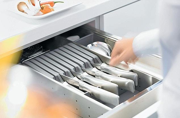 wkłady do szuflad inne5 Wkłady do szuflad   ciekawe akcesoria kuchenne, które pomogą w lepszej organizacji kuchni
