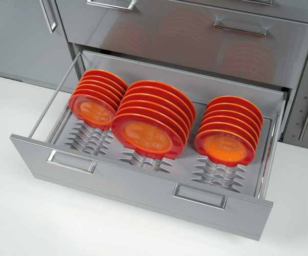 wkłady do szuflad peka na talerze Wkłady do szuflad   ciekawe akcesoria kuchenne, które pomogą w lepszej organizacji kuchni